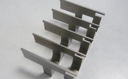 Machining of thin parts